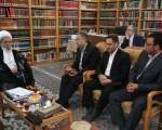 آیت الله مکارم شیرازی در دیدار رئیس بنیاد پیشگیری از آسیب های اجتماعی